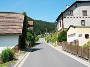 auffahrt-zum-fellberg-steinach